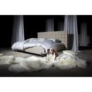Auxó luxusní postel